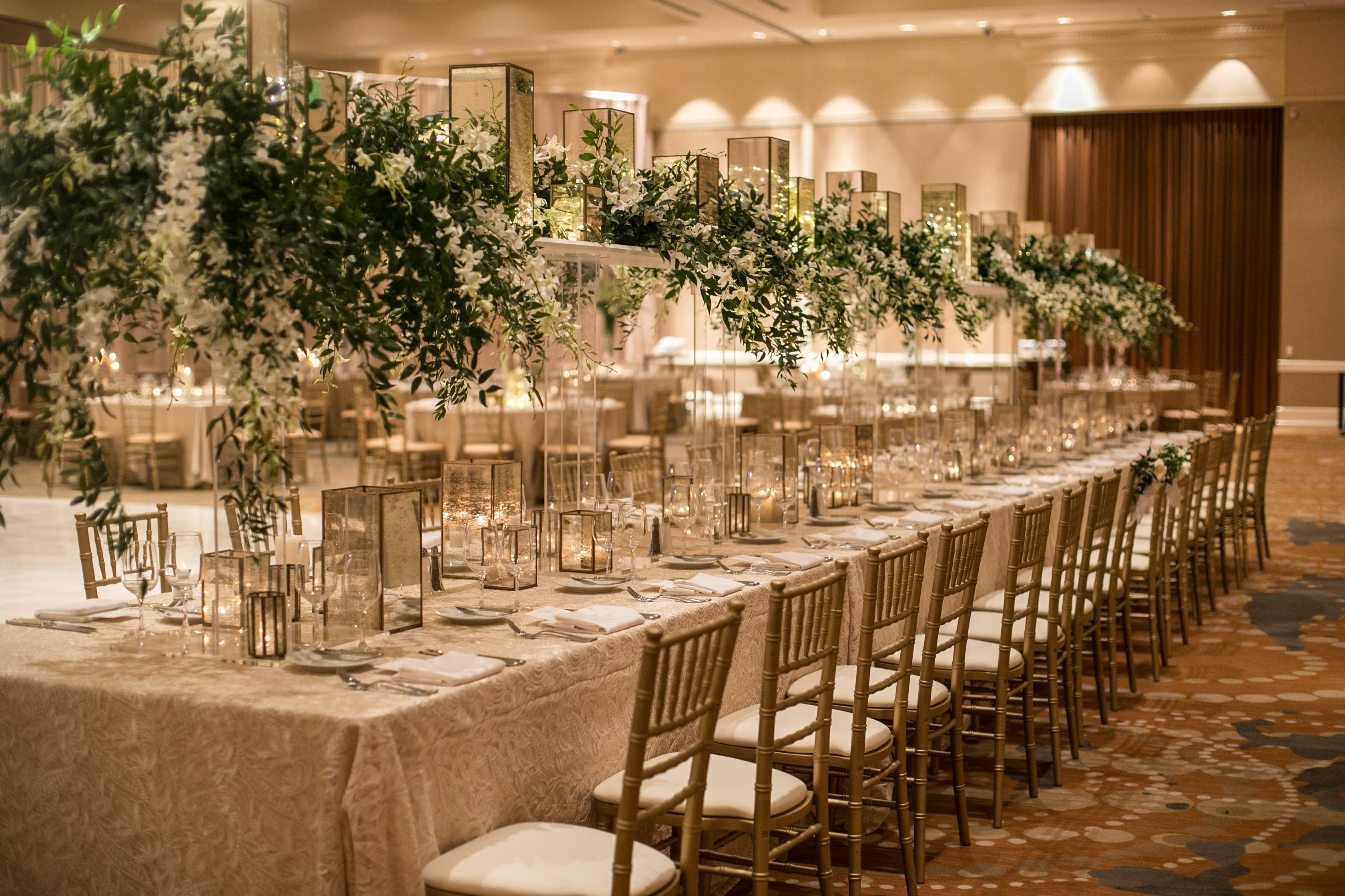 Wedding Head Estate Table from top Atlanta Wedding Floral & Event Designer, Topher Mack Floral & Events from Chris Macksey